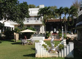 Bangala-Hotel-Karaikudi-350x250-template